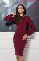 Платье-футляр бордового цвета с вырезом на спине купить в Воронеже