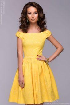 Короткое платье желтого цвета с бантиками на плечах купить в Воронеже