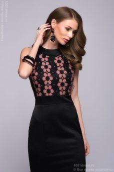 Длинное черное платье с кружевной отделкой и цветочным принтом купить в интернет-магазине