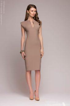 Платье-футляр бежевого цвета купить в интернет-магазине