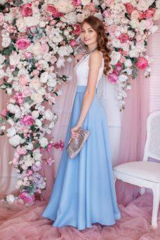 Вечернее платье макси с голубой юбкой и кружевным верхом купить в Воронеже