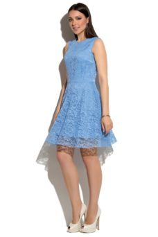 Короткое кружевное платье голубого цвета с расклешенной юбкой купить и интернет-магазине