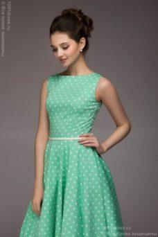 Платье мятного цвета в горошек длины миди в стиле ретро купить в интернет-магазине