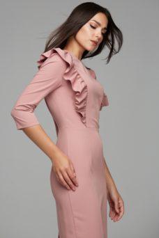 Купить Пепельно-розовое платье-футляр длины миди с воланами на груди и рукавами 3/4 в интернет-магазине