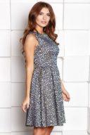Заказать Короткое платье из жаккарда золотого цвета с синим цветочным принтом с бесплатной доставкой по России