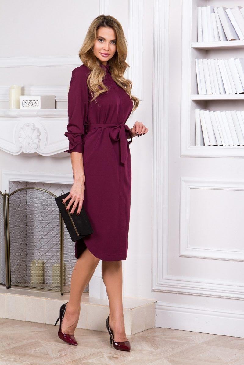 Платье-рубашка длины миди бордового цвета с длинными рукавами купить в Воронеже