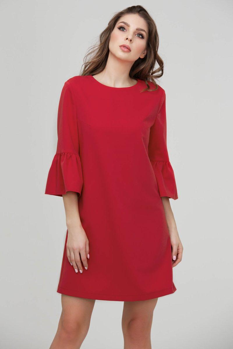 Красное платье мини свободного кроя с воланами на рукавах купить в Воронеже