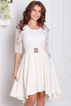 Платье миди цвета айвори с асимметричным низом, поясом и кружевным верхом купить в Воронеже