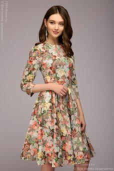 Платье мини с оранжевым цветочным принтом из жаккарда купить в Воронеже