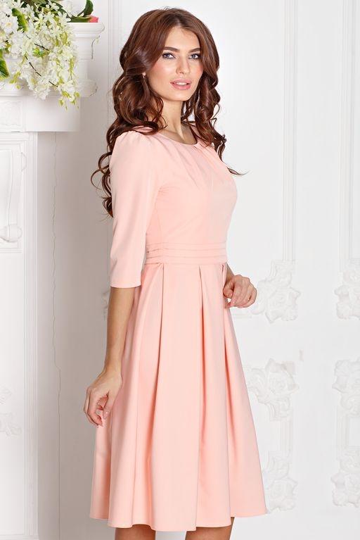 Платье персикового цвета длины миди с пышной юбкой и рукавами 3/4 купить в Воронеже