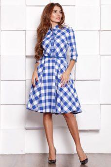 Платье миди белого цвета в синюю клетку с пышной юбкой и рукавами 3/4 купить в Воронеже
