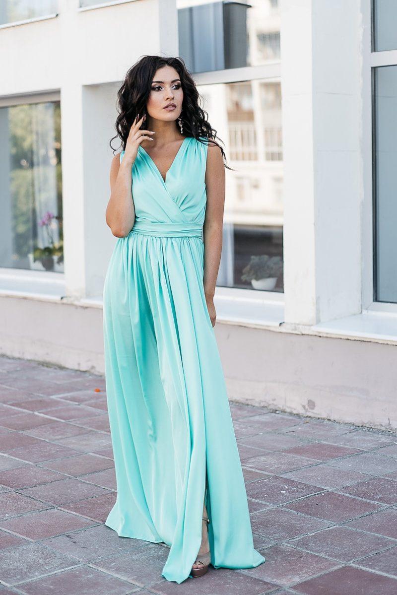 Мятное платье в пол в греческом стиле из шелка купить в интернет-магазине