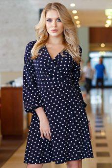 Короткое платье с запахом темно-синего цвета в горошек купить в интернет-магазине
