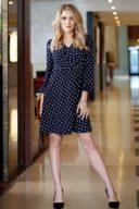 Короткое платье с запахом темно-синего цвета в горошек заказать с примеркой