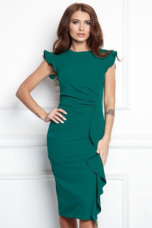 Платье-футляр изумрудного цвета длины миди с драпировкой и воланами купить в интернет-магазине