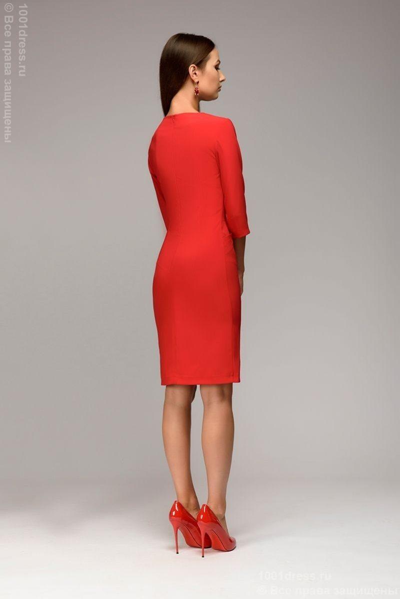 Красное платье-футляр с рукавами 3/4 dm00568rd-3