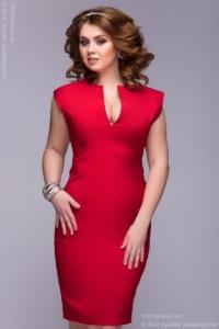 Купить онлайн платье-футляр красного цвета с бесплатной доставкой по Воронежу
