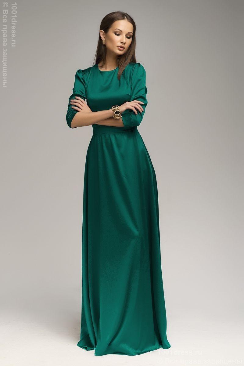 Изумрудного цвета платье в пол