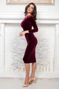 Купить бархатное платье винного цвета в магазине женской одежды в Воронеже