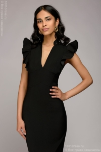 Заказать Черное платье с воланами на плечах с бесплатной доставкой по России