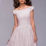 Короткое платье цвета пудры с бантиками на плечах dm00388pw-1