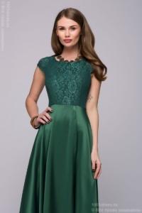 Длинное изумрудное платье с разрезом на юбке купить в Воронеже