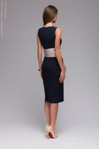Заказать Синее платье-футляр без рукавов с песочным поясом с бесплатной доставкой по России