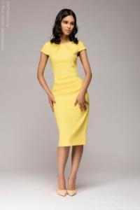 Заказать Желтое платье-футляр с короткими рукавами с бесплатной доставкой по России