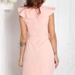 Платье-футляр персикового цвета с воланами и поясом без рукавов sz00152ph-3