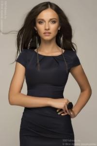 Синее платье-футляр с короткими рукавами купить в интернет-магазине