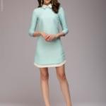 Платье-рубашка свободного кроя с голубым принтом и белой отделкой dm00908lb-2