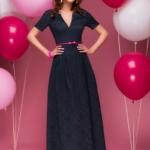 Вечернее платье макси темно-синего цвета с вырезом на груди dm00383db-1