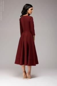 Заказать Бордовое платье миди с глубоким вырезом и расклешенной юбкой с бесплатной доставкой по России