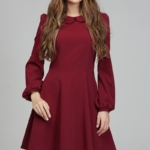 Короткое платье вишневого цвета с расклешенной юбкой и рукавом «фонарик» ds00290ch-1