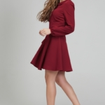 Короткое платье вишневого цвета с расклешенной юбкой и рукавом «фонарик» ds00290ch-4