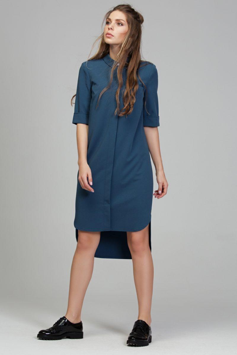 Заказать Платье-рубашка синего цвета с асимметричным низом и поясом с бесплатной доставкой по России