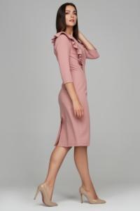 Заказать Пепельно-розовое платье-футляр длины миди с воланами на груди и рукавами 3/4 с бесплатной доставкой по России