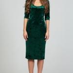 Бархатное платье-футляр изумрудного цвета с глубоким вырезом ds00313gr-2