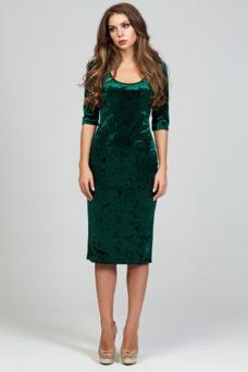 f53497b6152 Бархатное платье-футляр изумрудного цвета с глубоким вырезом купить в  интернет-магазине