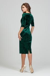 Купить Бархатное платье-футляр изумрудного цвета с глубоким вырезом в магазине женской одежды в Воронеже