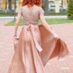 Длинное бежевое платье с пышной юбкой и кружевным верхом с короткими рукавами zd00335bg-2