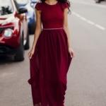 Длинное платье вишневого цвета с шифоновой юбкой и вырезом на спине zd00296ch-2