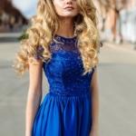 Длинное синее платье с пышной юбкой и кружевным верхом с короткими рукавами zd00335bl-4