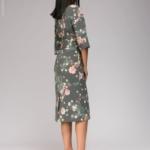 Серое платье миди с цветочным принтом и широким поясом dm00942gy-3