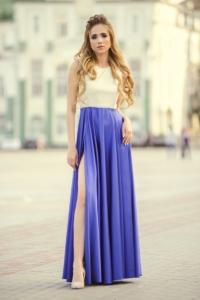 Вечернее платье с синей юбкой и золотым верхом с вырезом на спине купить в интернет-магазине