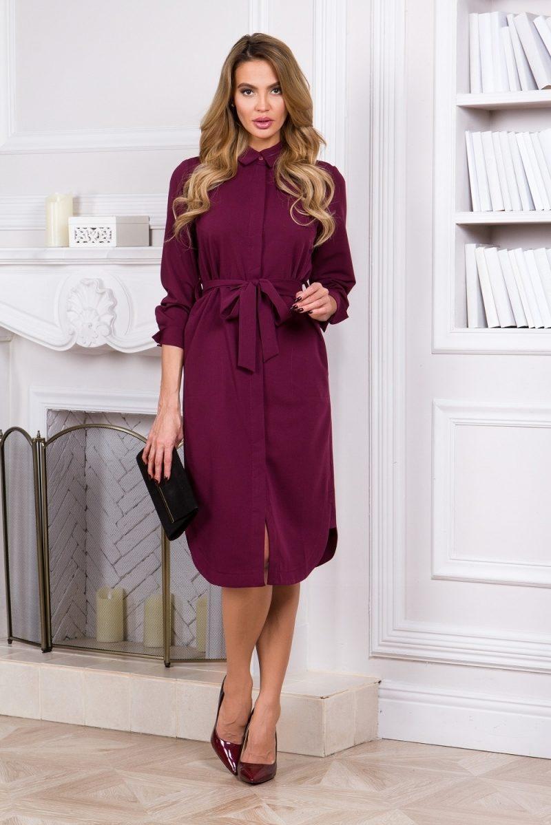 Платье-рубашка длины миди бордового цвета с длинными рукавами купить в интернет-магазине