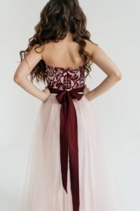 Заказать Платье-трансформер 2 в 1: футляр бордового цвета + юбка в пол цвета пудры с бесплатной доставкой по России