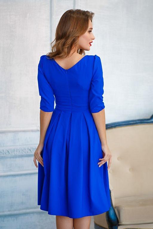 Платье цвета электрик длины миди с пышной юбкой и рукавами 3/4 sz00100bl-2