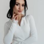 Белое платье мини с 2-ярусной юбкой и длинными рукавами zd02051wh-2