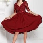 Коктейльное платье цвета марсала с пышной юбкой и кружевным верхом sz00156ma-2